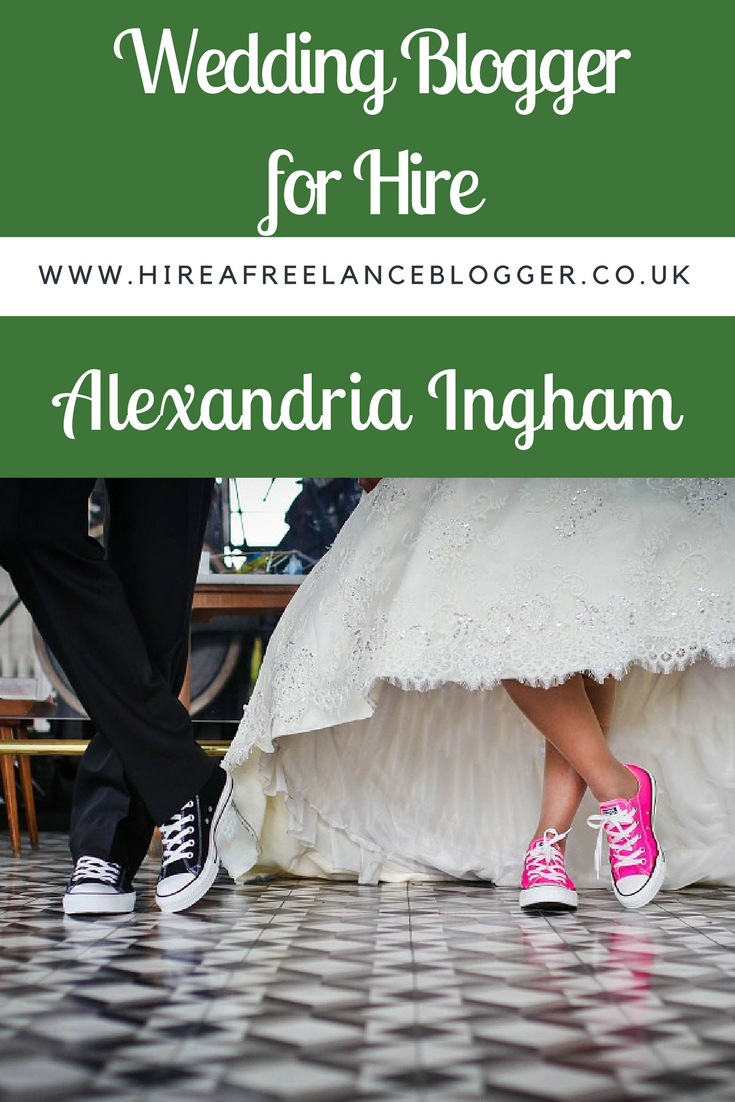 hire a wedding blogger