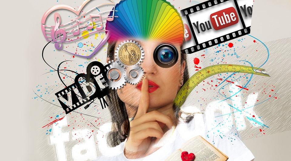 social media manager or a VA?